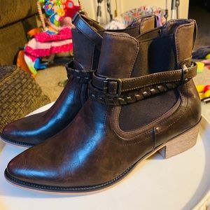 Maurice's Brown booties 10
